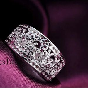Jewelry - NEW Silver Plated Fashion Wide Ring Size 8